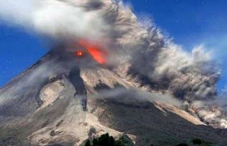 Arti Mimpi Gunung Meletus Menurut Primbon Jawa Lengkap