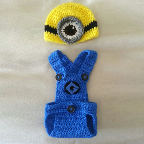Crochet Minion Infant Outfit - Free Pattern