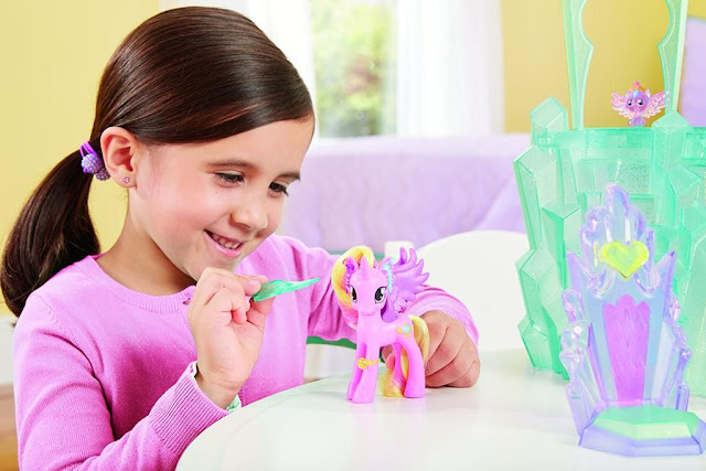 Brushable Cadance and Crystal Empire Playset