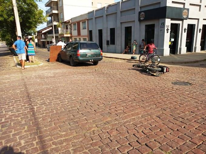 Motociclista ferido em acidente no Centro