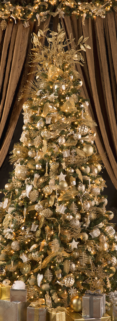 Elegant Gold Christmas Tree