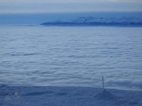 Widok na wschodnią część Tatr.