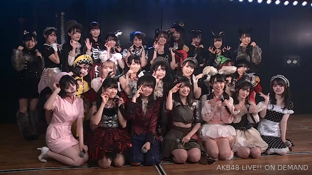 AKB48 'Te wo Tsunaginagara' 191030 M42R LIVE 1830 (Halloween Eve)