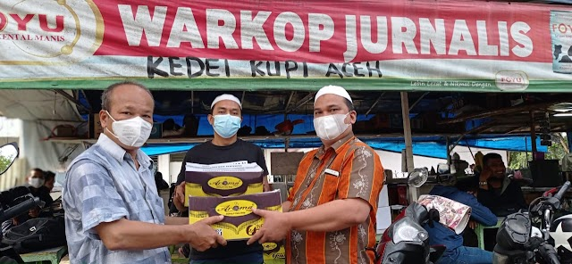 Lagi, PT Aroma Berbagi Paket Sembako di Warkop Jurnalis