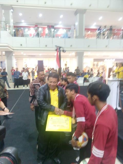 Viral Petang (14/03/2020) Bandar Lampung -- Gubernur Lampung Ir. H Arinal Djunaidi membuka acara festival  Olahraga Rekreasi dalam rangka hari ulang tahun Provinsi Lampung  di Mall Kedaton, Bandarlampung Jum'at (13/3)
