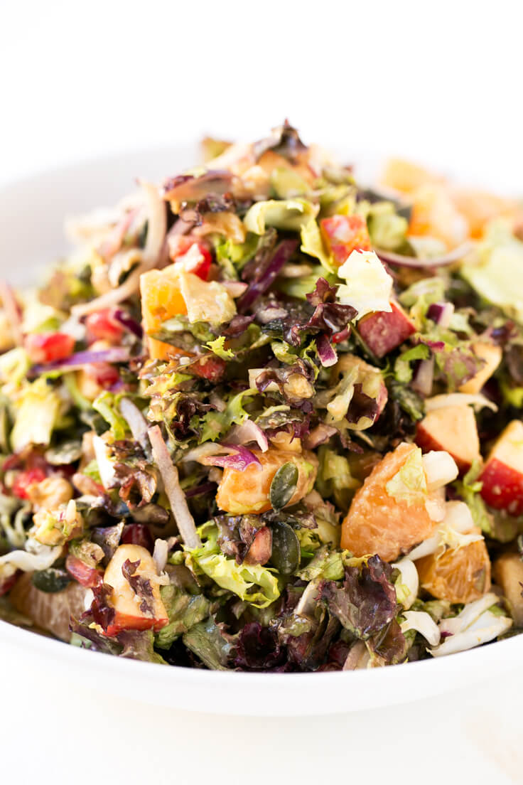 Vegan Christmas Salad: This vegan Christmas salad is ideal to start your feast with a light, healthy and nutritious dish. It is very festive and is to die for.