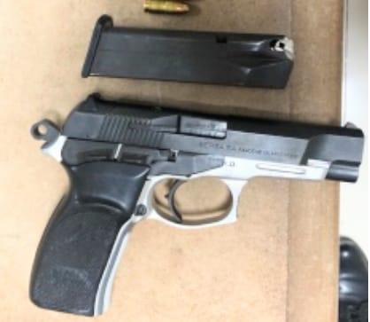 NEYBA: P.N. recupera arma de fuego en medio riña.