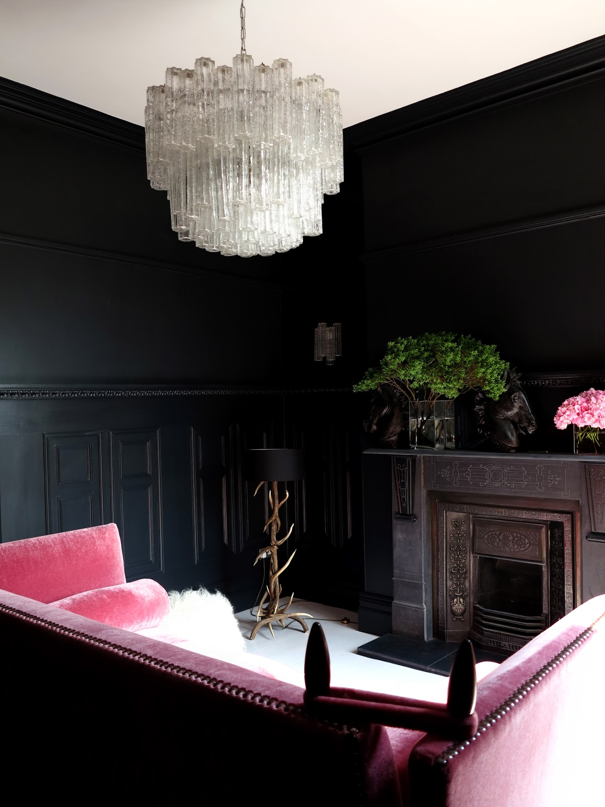 Black Velvet Sofa Living Room Small 2 Seater Fabric Bed 47 Park Avenue Reception