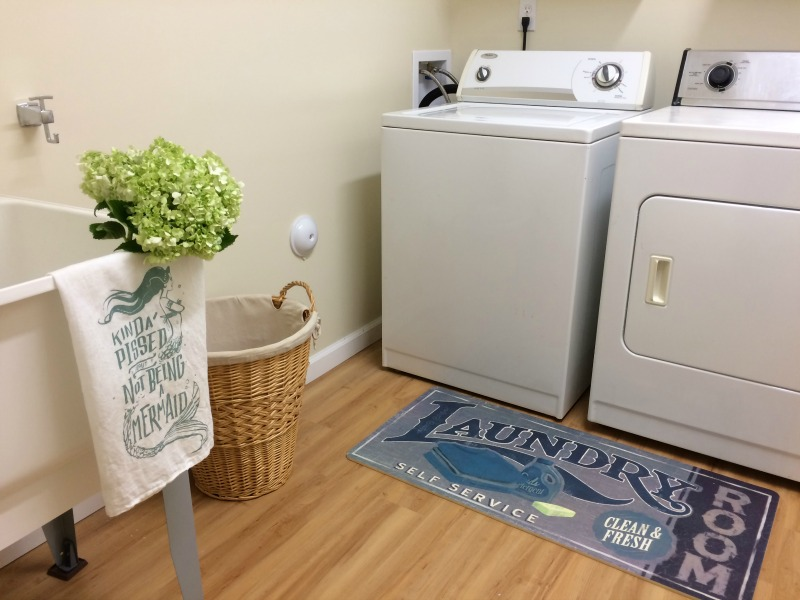 Real girls realm small laundry room reveal and diy ideas you do not have to spend a fortune to have a beautiful laundry room get solutioingenieria Images