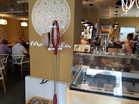 Entrada de la cafetería Mandala
