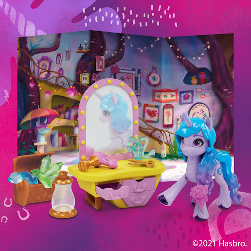 My Little Pony: A New Generation Movie Story Scenes Critter Creation Izzy Moonbow