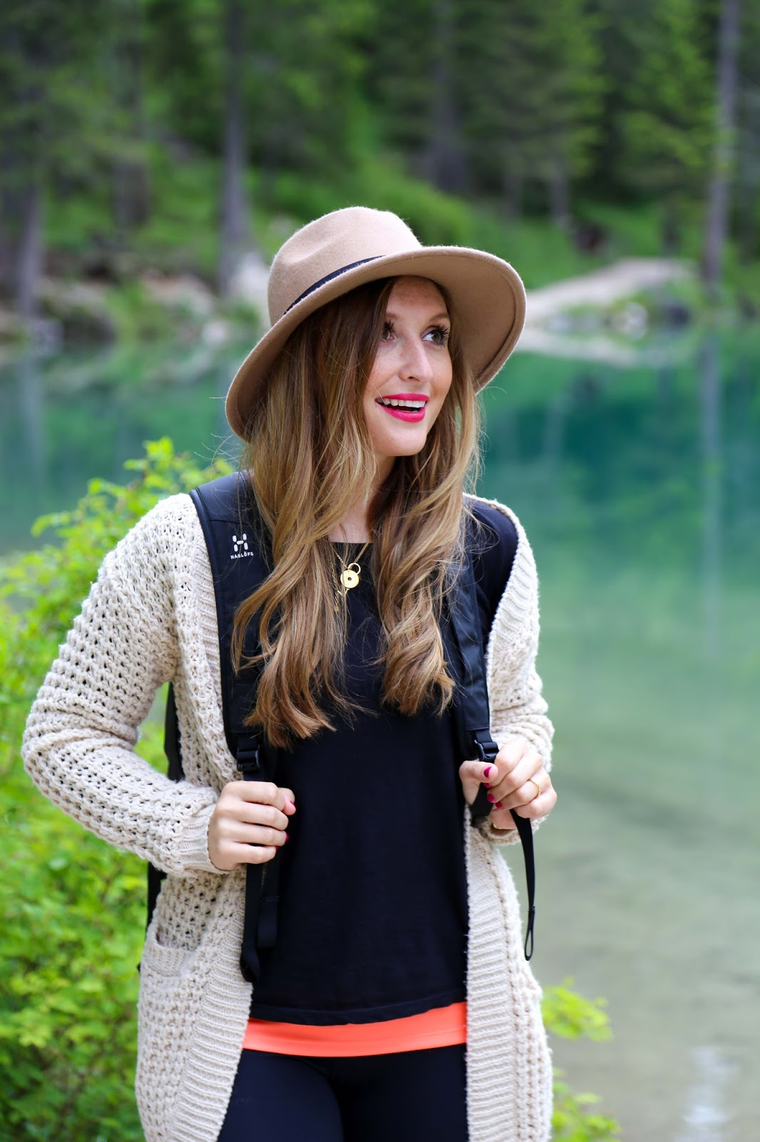 Fashionstylebyjohanna - Südtirol - Fedora Hut - Blogger - Austria - Outdoorblogger - Haglofs - Best mountain Artists