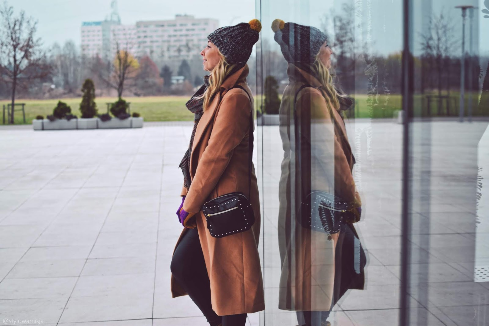 stylizacja, moda, trapery, czasnabuty.pl, rękawiczki, szaleo, spodnie, sukienkowo, szal, mariezelie, czapka, loman, sweter, jesień, casual,