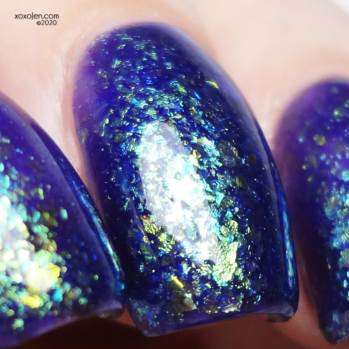 xoxoJen's swatch of KBShimmer Moumantai