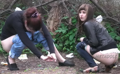 Hiding Place WC 18 (Girls takes a piss squatting near the bushes in this voyeur video)