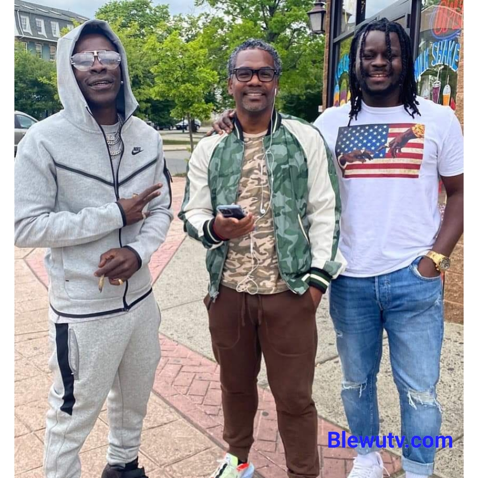 Charles Nii Armah Mensah known in showbiz as Shatta Wale has taken some time off social media to work properly on his upcoming album (GOGAALBUM).  The self-acclaimed dancehall king seems to be making a lot of moves as he was seen with Cardi B's former manager, Shaft, and Kameleon, best producer, with Jupitar and Fantasy Entertainment.   Shatta Wale and Jupitar Linked up with entertainment marketing and TV production veteran Nolan Baynes in New Jersey, United States of America. Gift Of God Album (GOG) will be soo beautiful. Many believe the dancehall king's album will take Ghana and the world by storm looking at his moves and channels of music distribution.