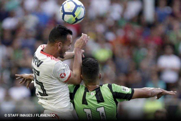Com gol no fim, América Mineiro arranca empate contra o Flamengo no Horto