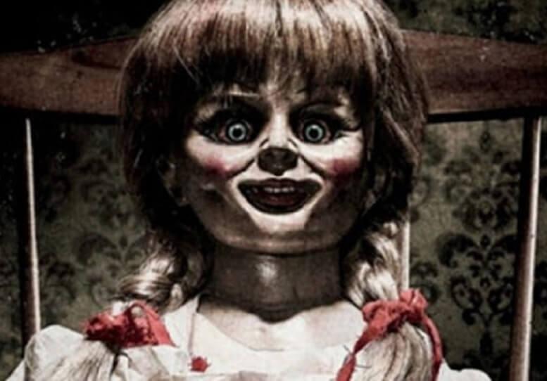Patung Berhantu Annabelle