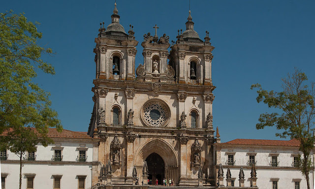 Monasterios cerca de Lisboa  Alcobaça