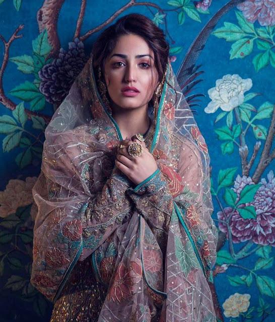 Yami Gautam in Saree Wallpaper | Other HQ Pics 2020