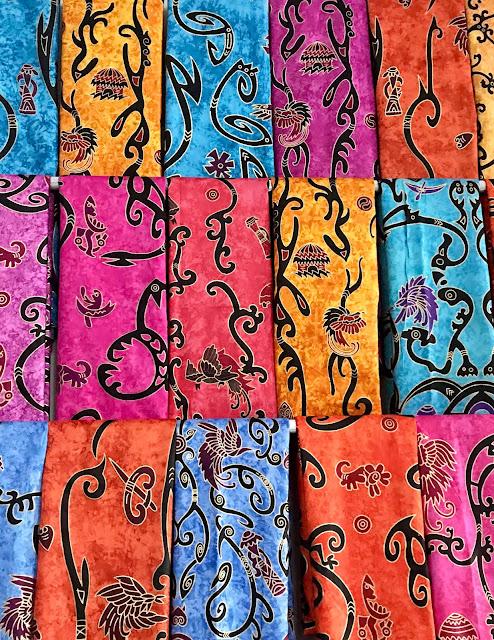 Batik Papua - Batik dengan motif khas Papua