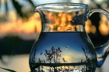 Вода исполняет желания. Вселенная помогает. Действенный ритуал на воду