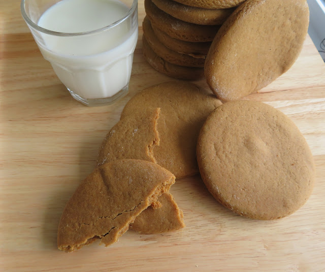 Old Fashioned Molasses Cookies (small batch)