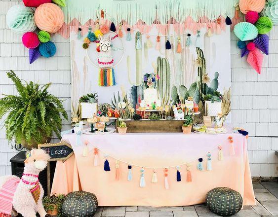 Decoração de festa no tema lhama