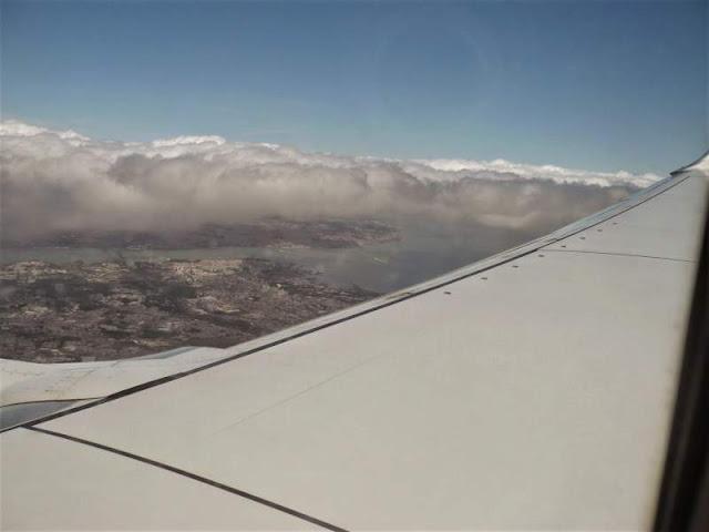 panorama su Lisbona dall'aereo