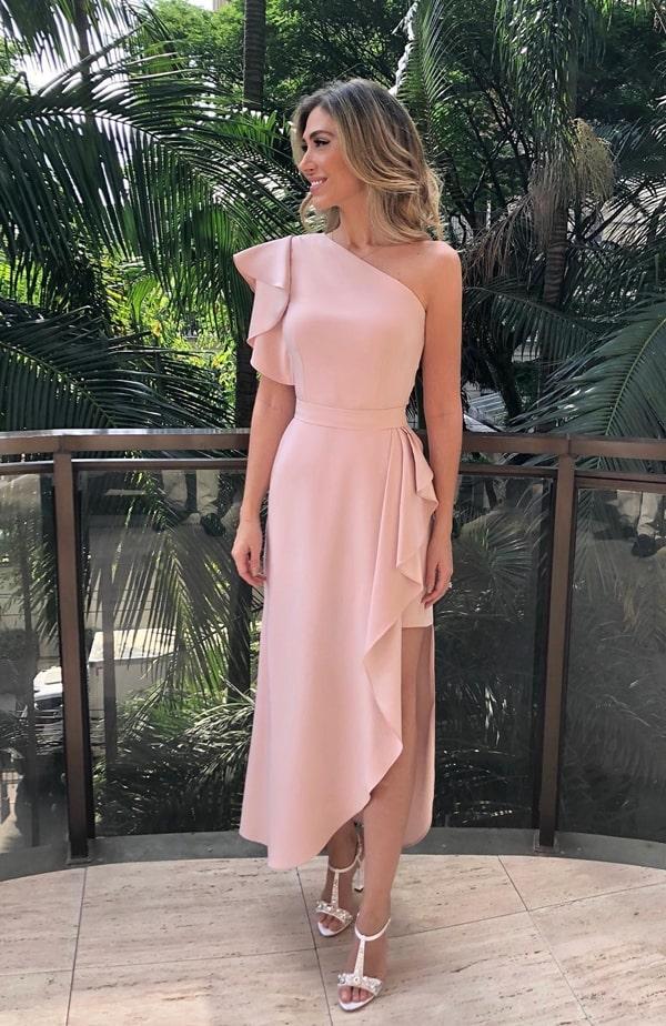 vestido midi rose para madrinha de casamento