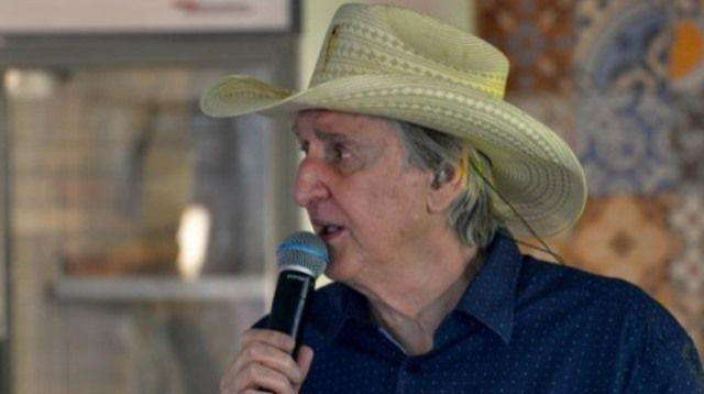 Sérgio Reis é desautorizado por líderes dos caminhoneiros a convocar ato pró-Bolsonaro