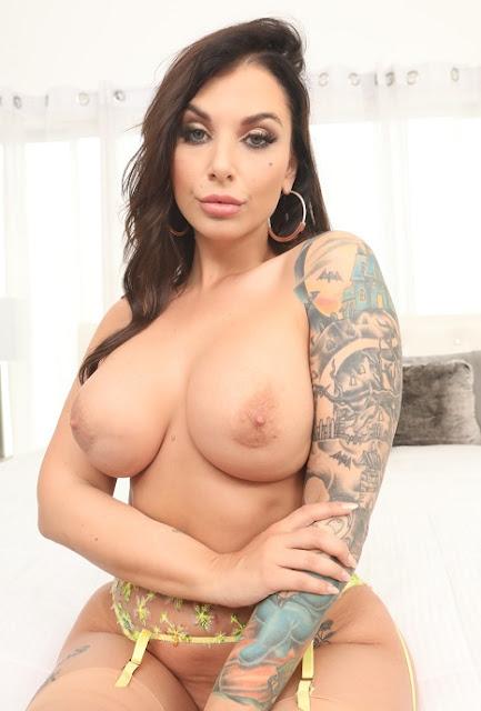 Ivy Lebelle naked big boobs