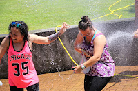 Guerra de agua en las fiestas de Llano