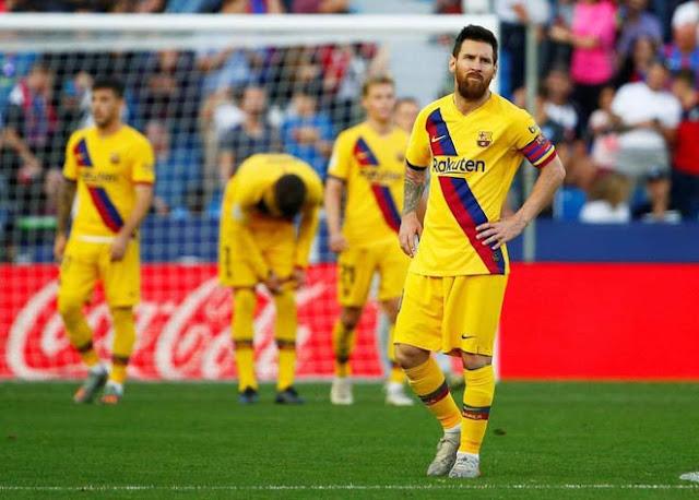 """Barcelona """"hổ"""" sân nhà, """"gà"""" sân khách: Messi cũng bó tay"""