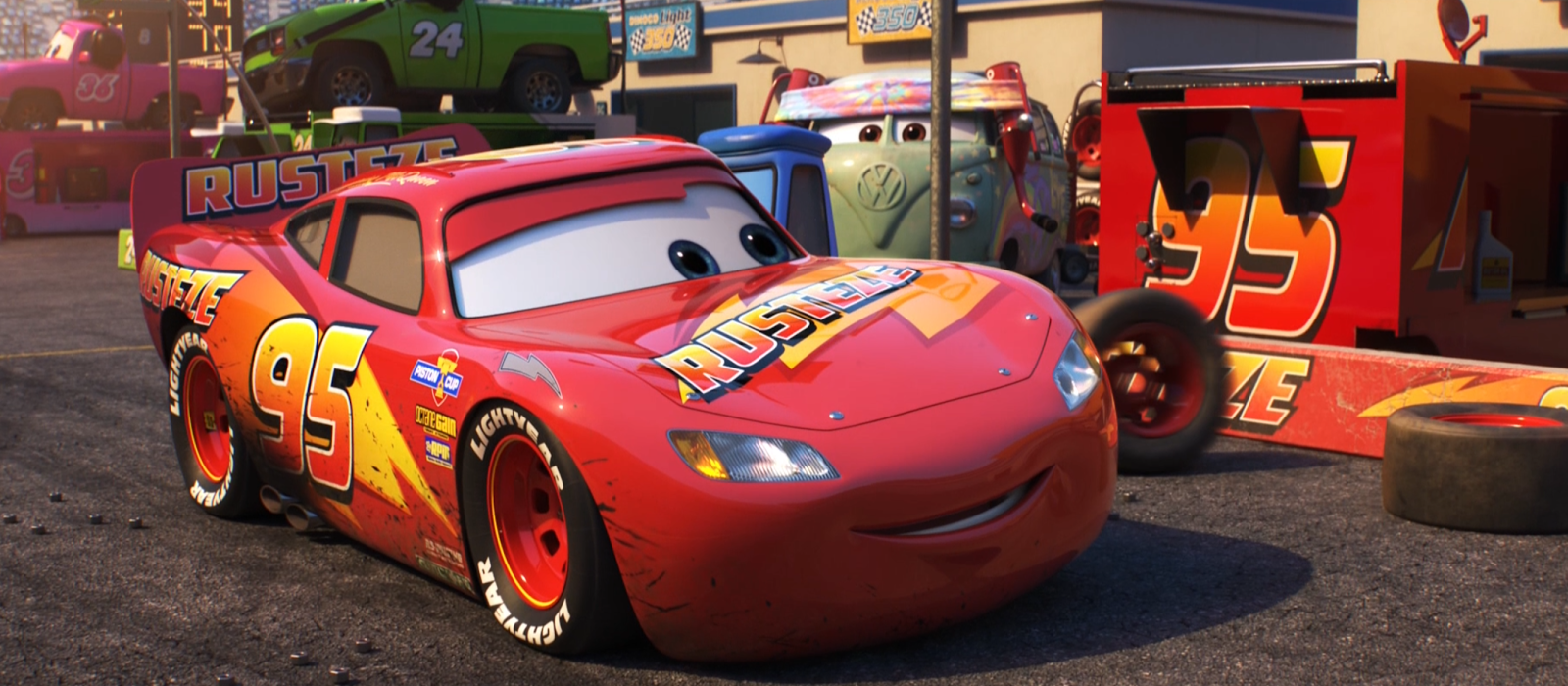 Dan The Pixar Fan Cars 3 Rust Eze Lightning Mcqueen