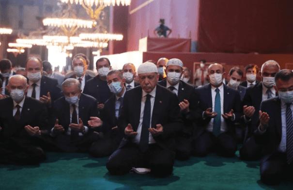 Erdogan: Pengubahan Status Hagia Sophia Bahagiakan Orang Beriman dari Semua Agama