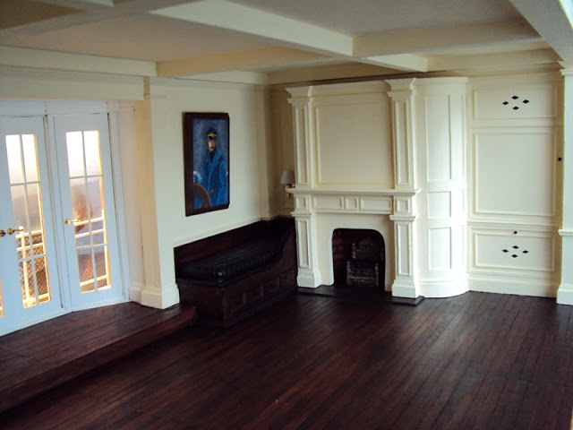 http://lancecardinal.blogspot.ca/2012/01/double-roombox-miniature.html