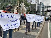 Aksi Bersama Barikade 98, PPJNA 98, KPPSMI & Jarnas 98 Di Depan Polda Metro Jaya, Tangkap HRS dan Anies Baswedan... !!!