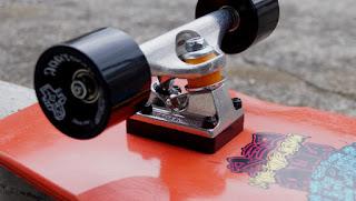 ドックタウンスケートボードにはインディペンデントトラックがお勧め