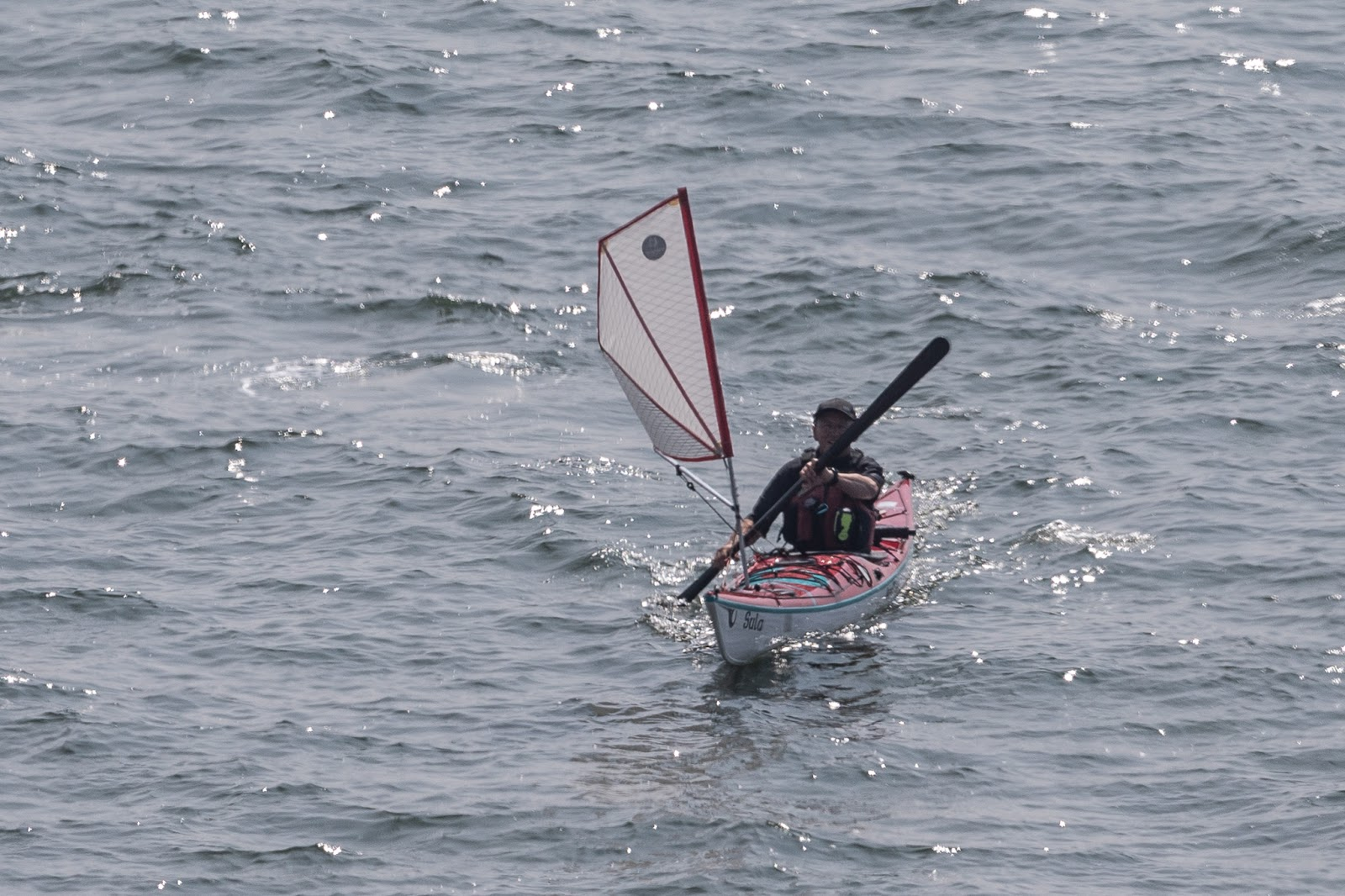 Sea kayaking with seakayakphoto com: Flat Earth Kayak Sails