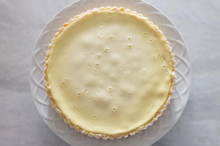 baked and chilled Greek yogurt cheesecake tart