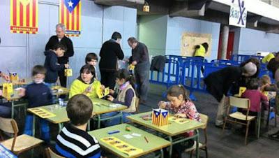 lérido, niños, educación, adoctrinamento, calle, independencia, odio, cataluña