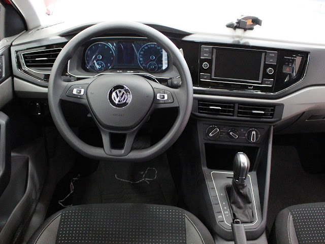 "VW Novo Polo e Up! TSi ganham o prêmio ""Best Cars"""