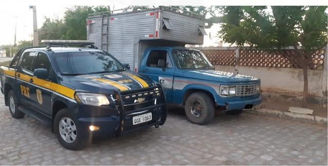 Com apoio da PM de Caraúbas, PRF prende homem com veículo adulterado em Governador Dix Sept Rosado