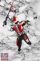 S.H. Figuarts Shinkocchou Seihou Kamen Rider Den-O Sword & Gun Form 32