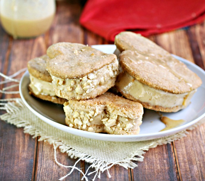 Recipe for heart shaped peanut butter banana ice cream sandwiches with peanut butter caramel.