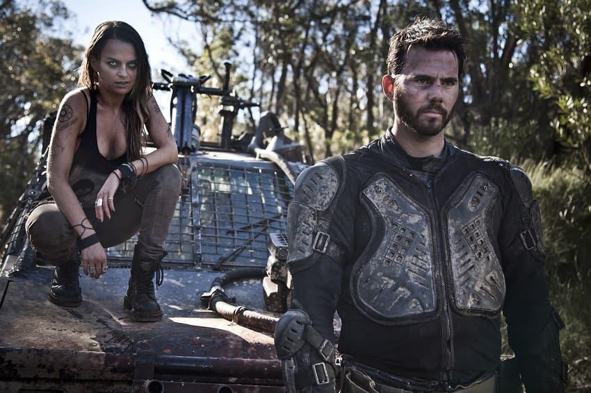 Режиссёр «Полыни» и «Некроманта» снимет вампирский вестерн «Тёмный Запад»
