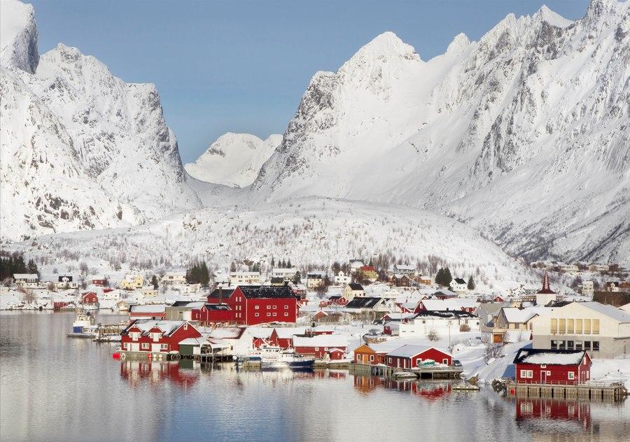 Город Рейне в Норвегии, зимой