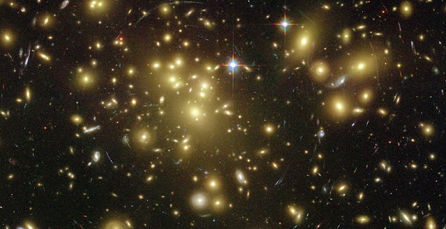 Image showing the galaxy cluster Abell 1689. Credit: NASA/ESA