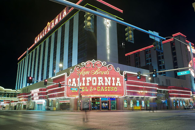 Located just 2 blocks from the Fremont Street Experience in downtown Las Vegas, the California Hotel & Casino offers the best in comfort and entertainment.